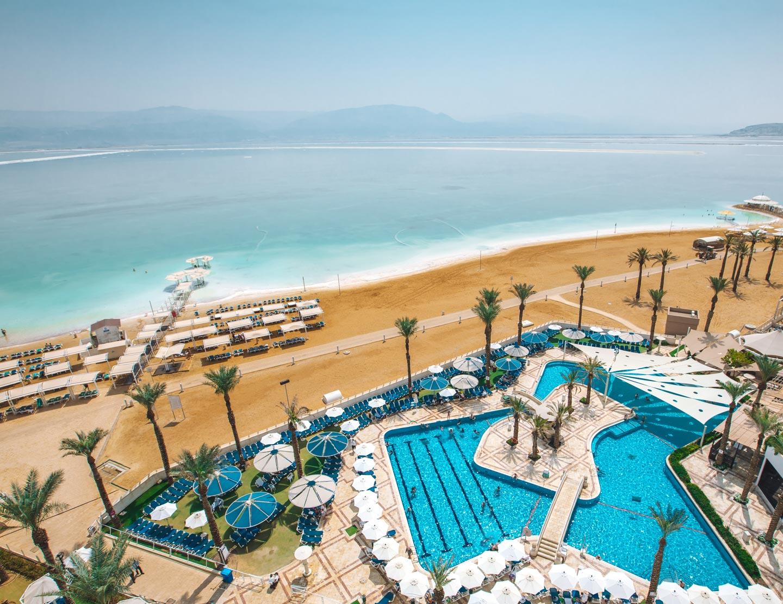 dead-sea-crowne-plaza-hotel-view-israel