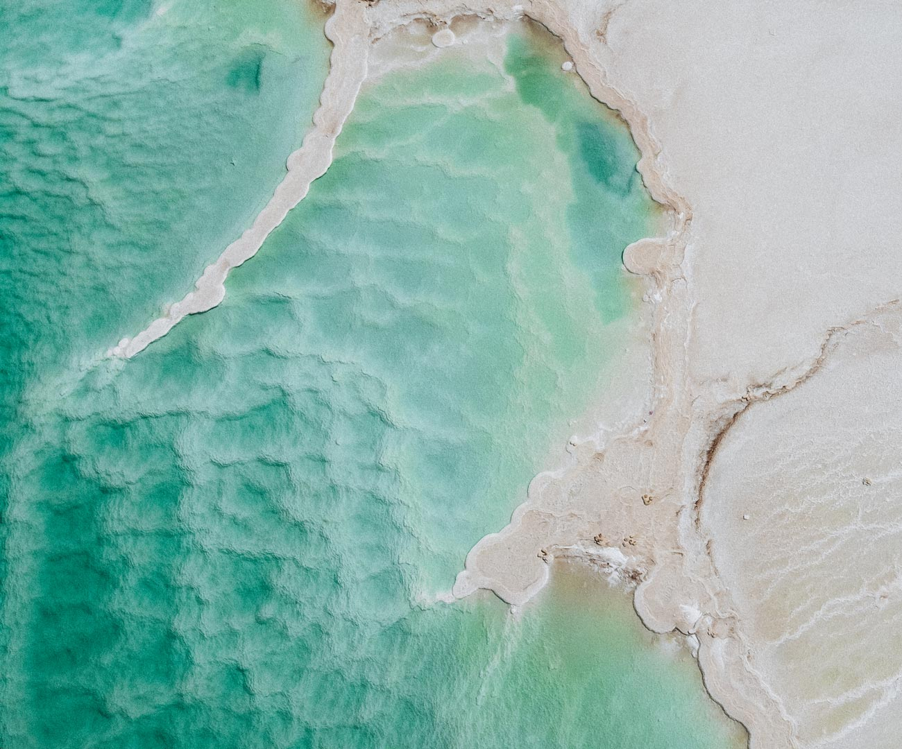 dead-sea-drone-picture-formations