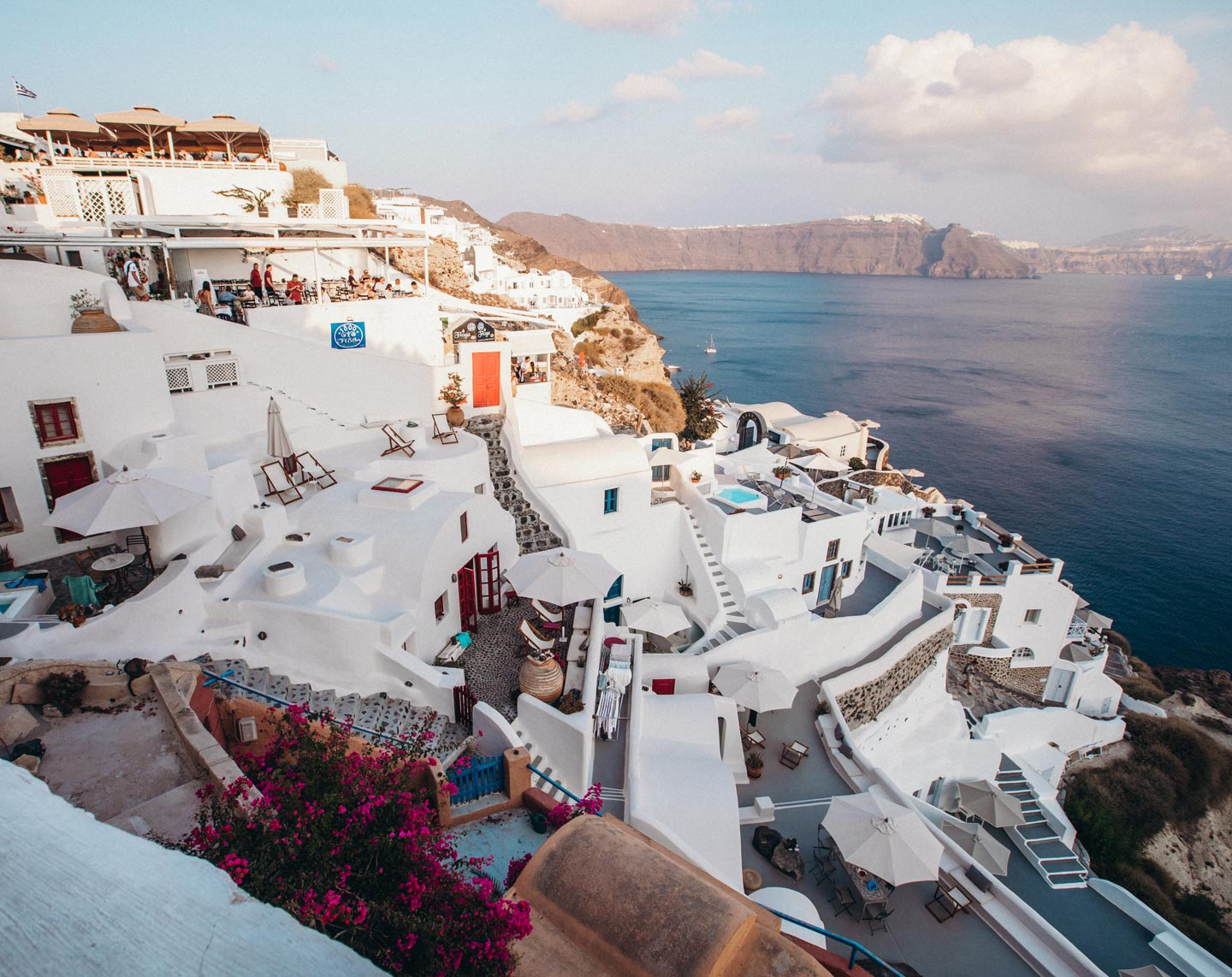 santorini-oia-view-sunset