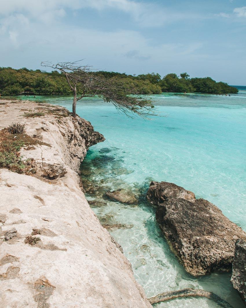 best-beaches-aruba-mangel-halto