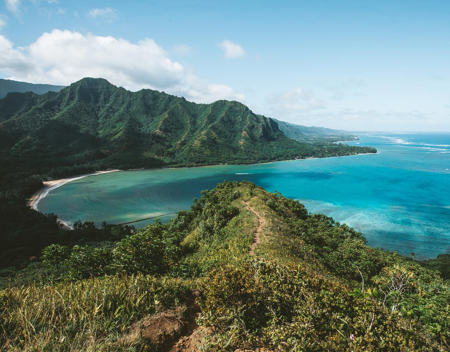 crouching-lion-views-from-top-oahu