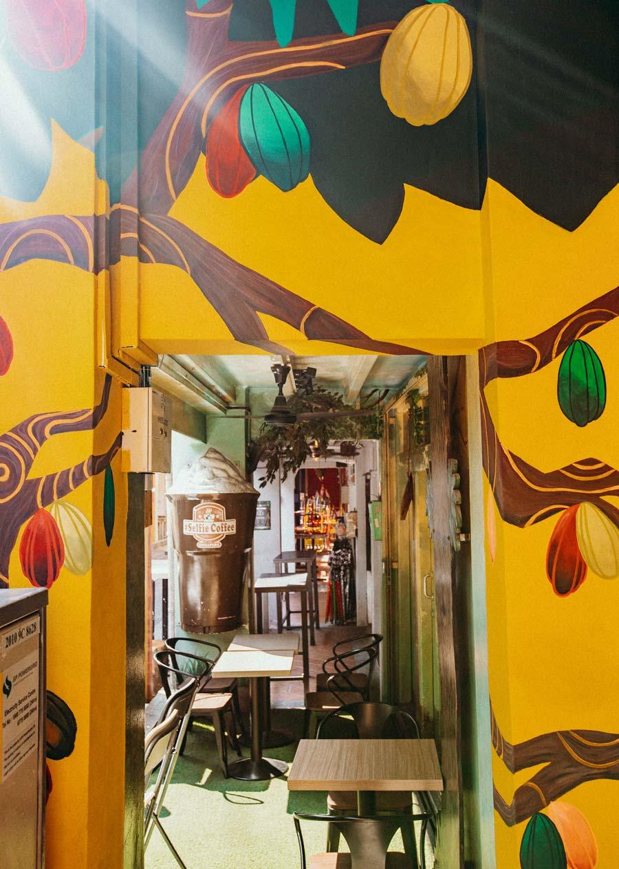 Cute cafes on Haji Lane