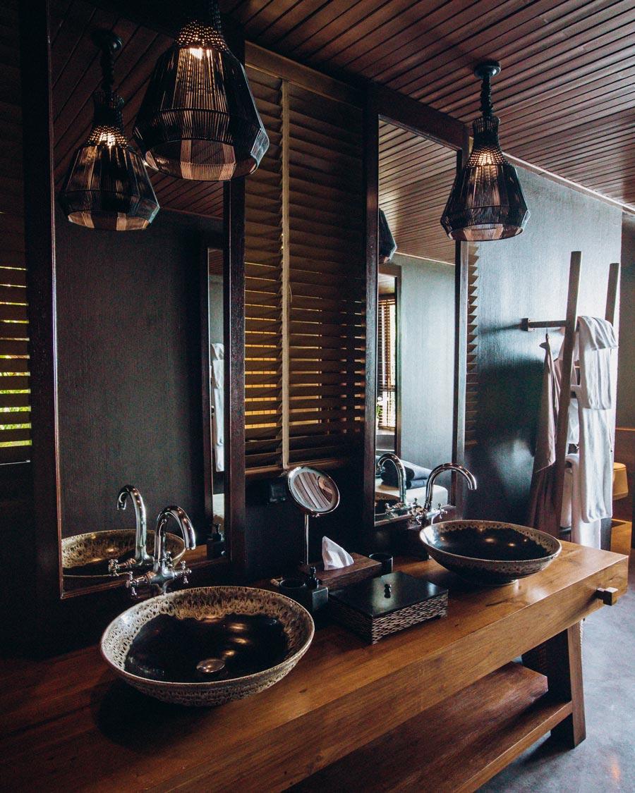 silavadee-resort-bathroom-vila