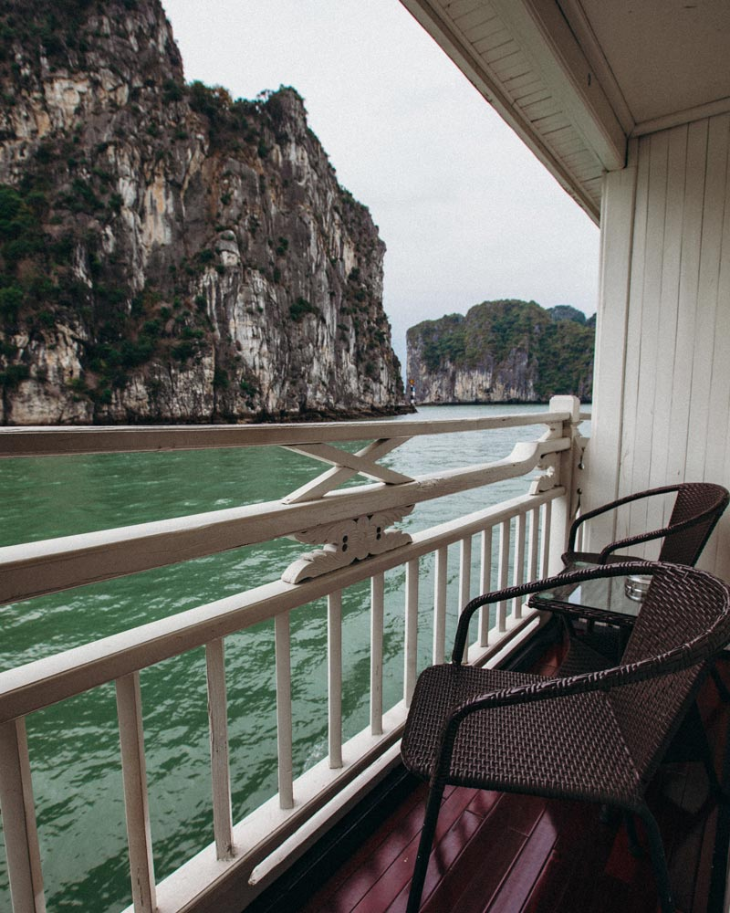 syrena-cruises-cabin-terrace-view-ha-long-bay