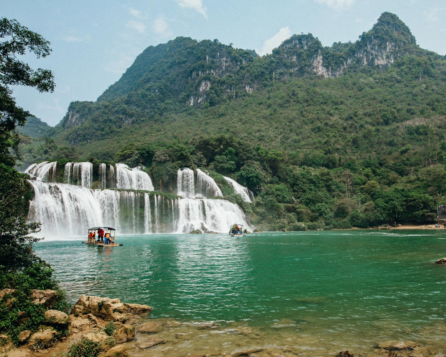 cao-bang-ban-gioc-waterfall-vietnam