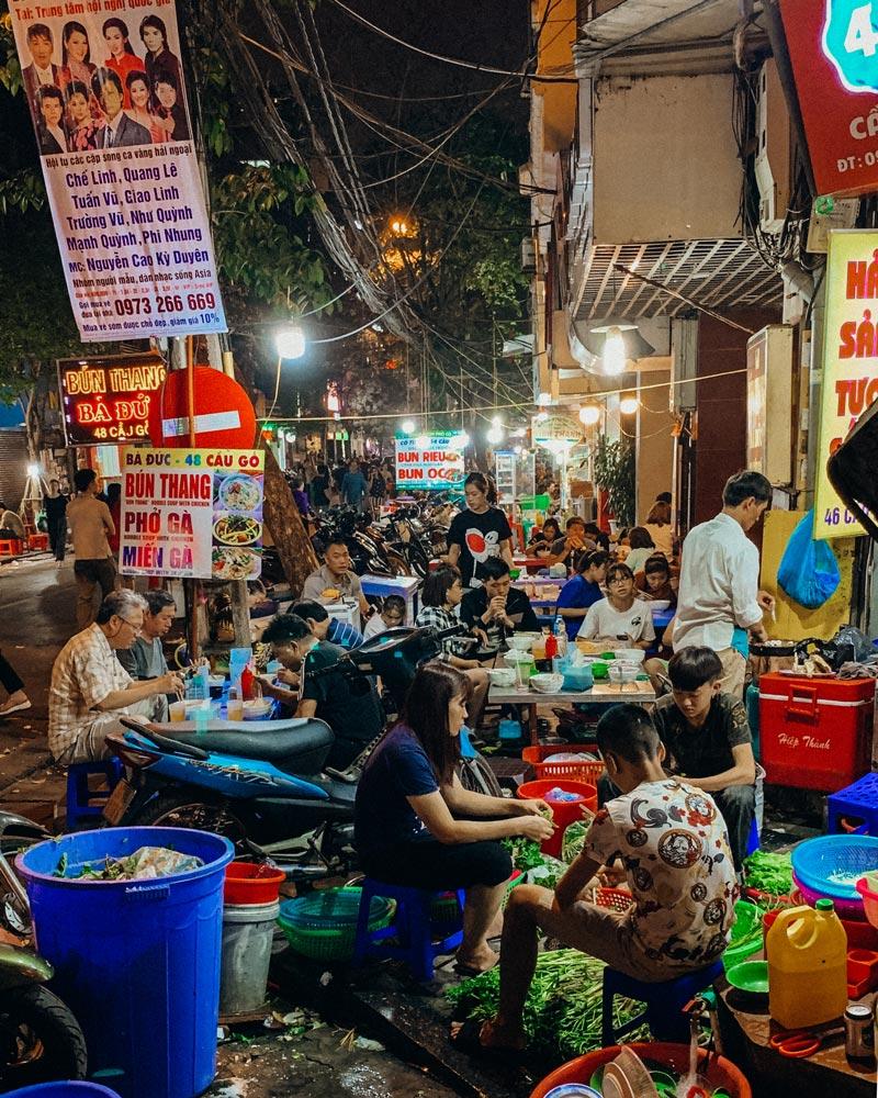 hanoi-vietnam-street-food