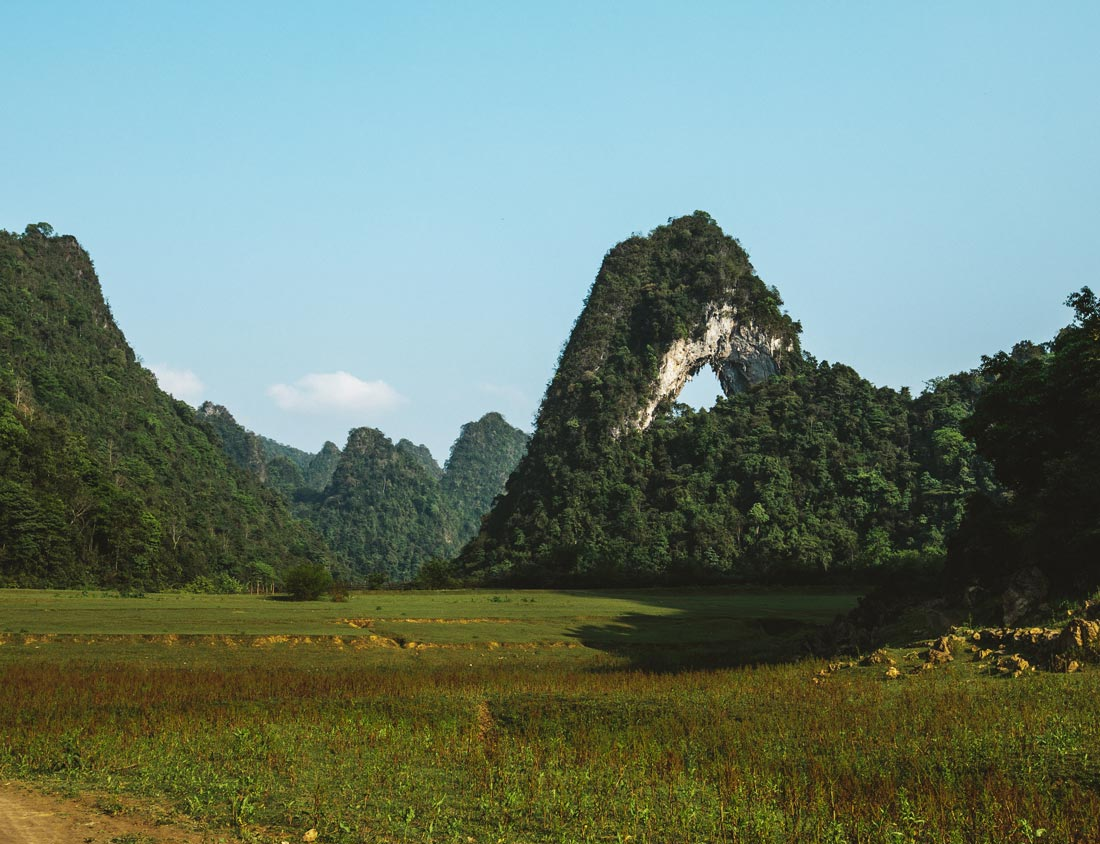 nui-thung-cao-bang-vietnam-10days