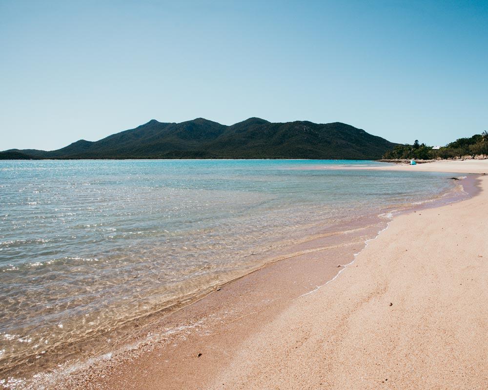 australia-hideaway-bay-tropical-north-queensland