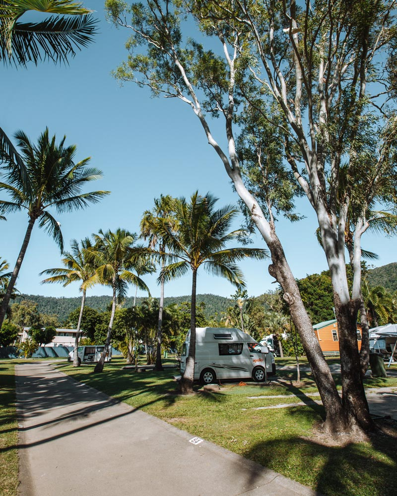 queensland-road-trip-holiday-park-airlie-beach
