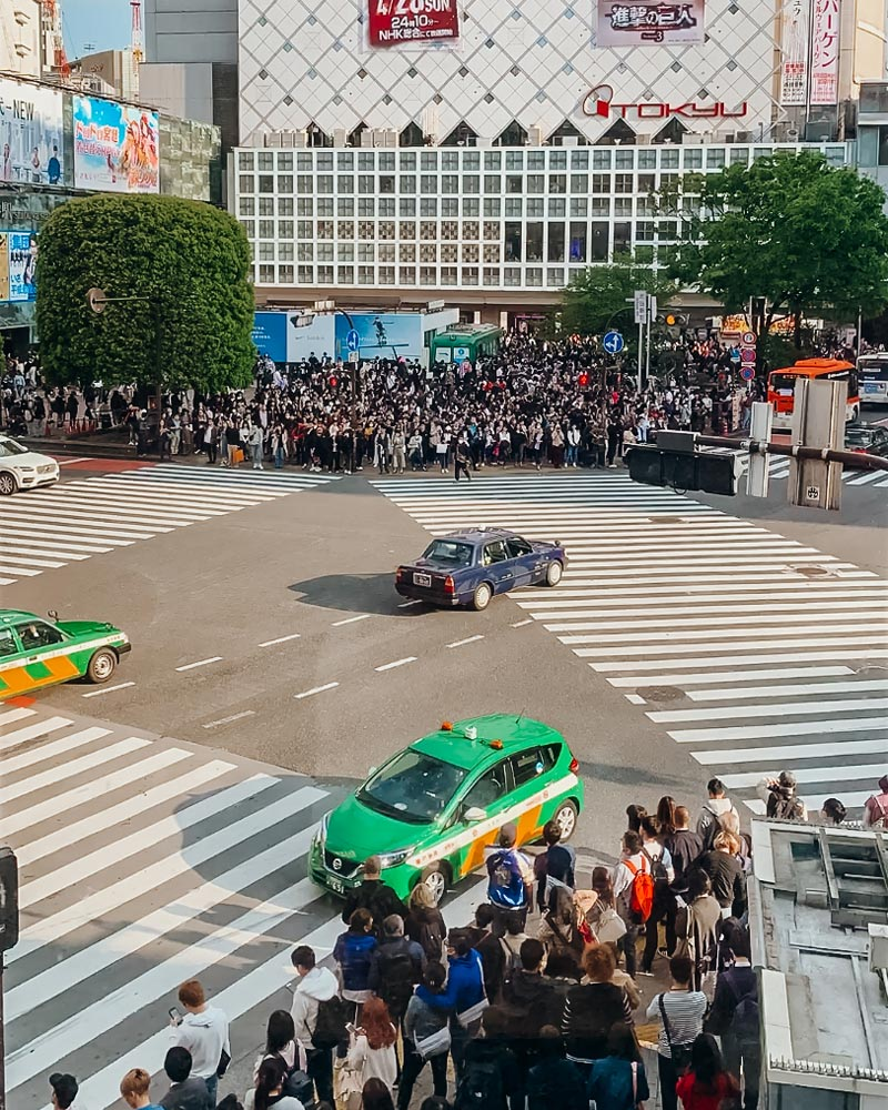 shibuya-crossing-tokyo-japan