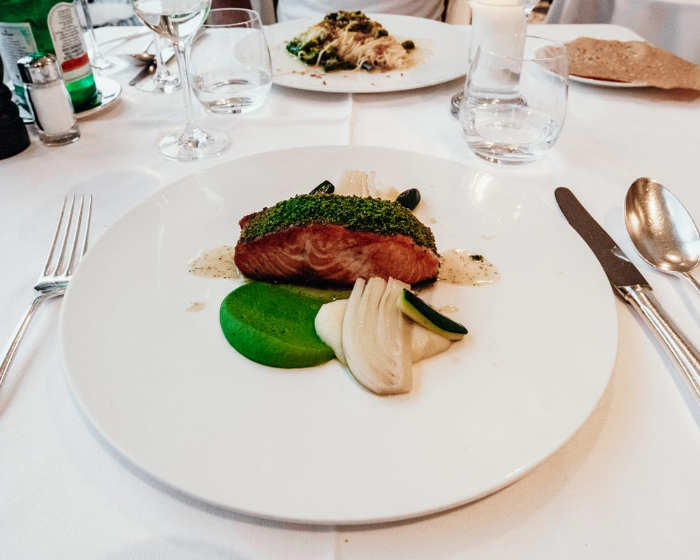 la-terrazza-restaurant-salmon1