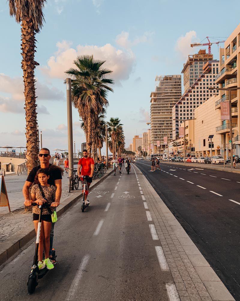 drive-scooter-boardwalk-tel-aviv