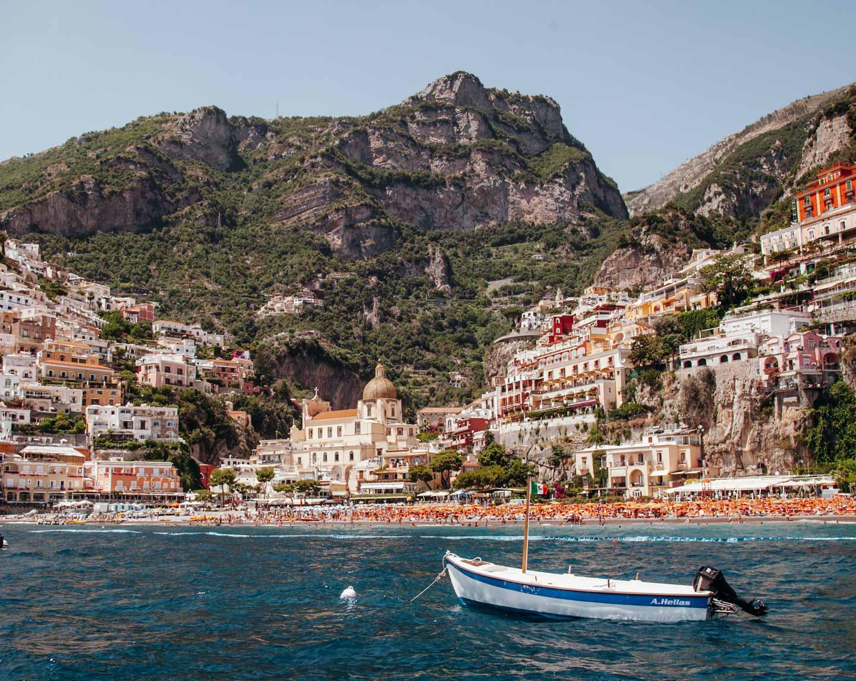 amalfi-coast-view-boat