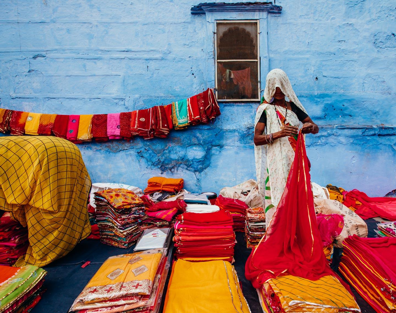 jodhpur-blue-city-street-market-saree