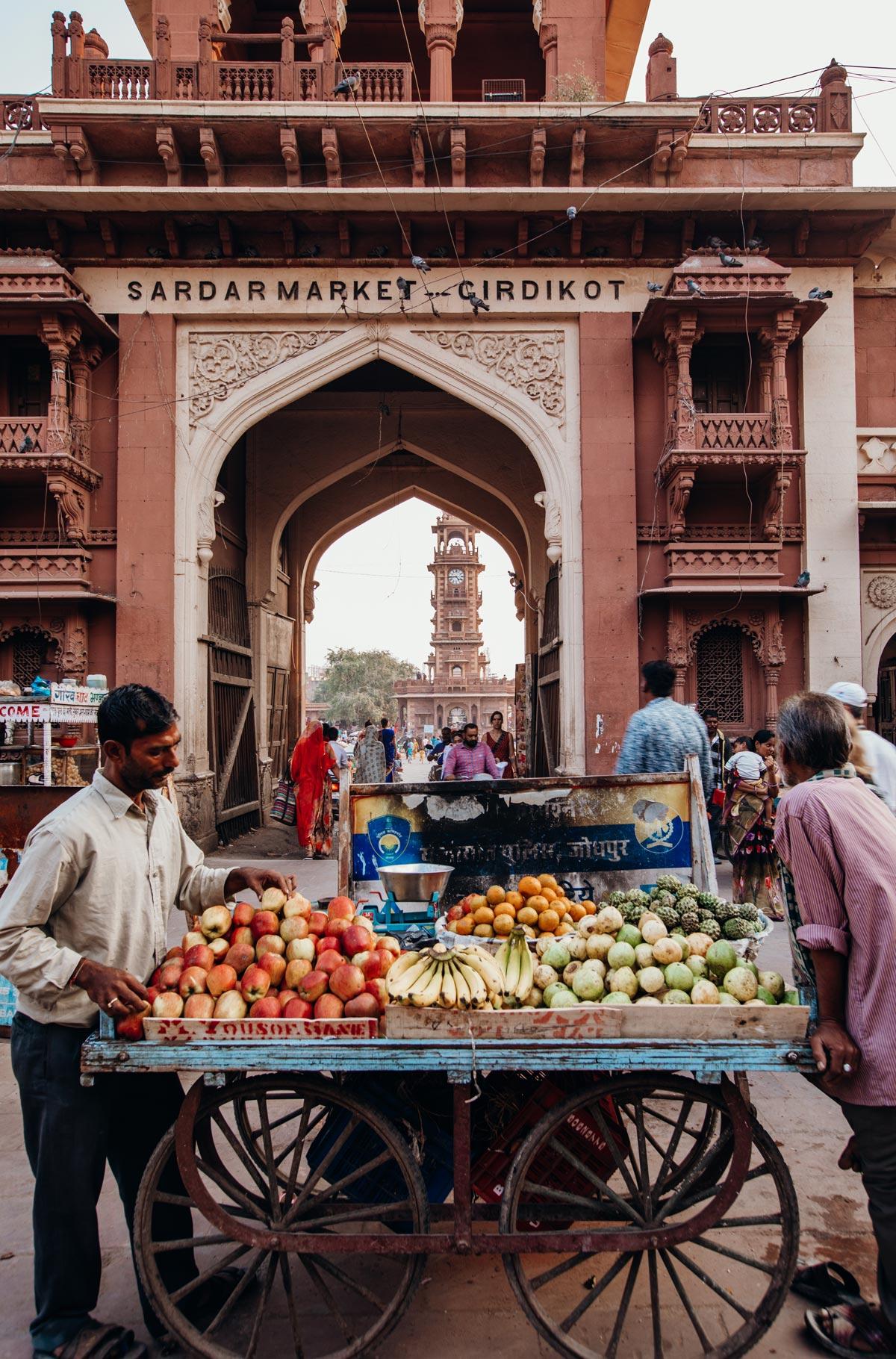 jodhpur-clock-tower-market-street-food