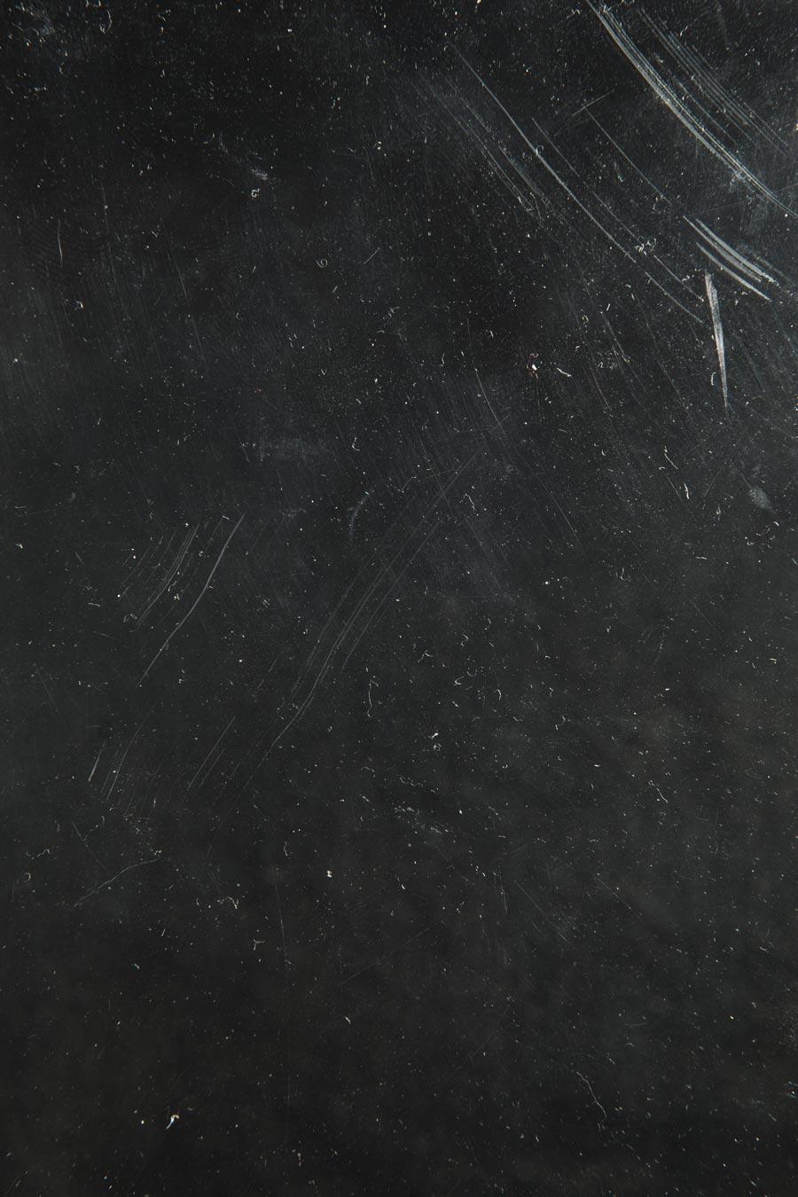 dust-scratch-overlay-photoshop