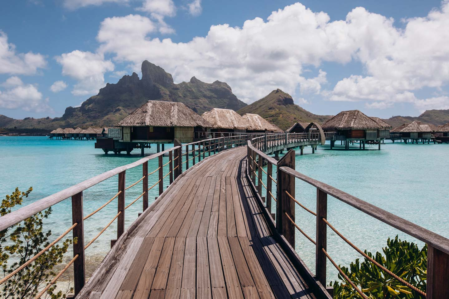four-seasons-bora-bora-honeymoon