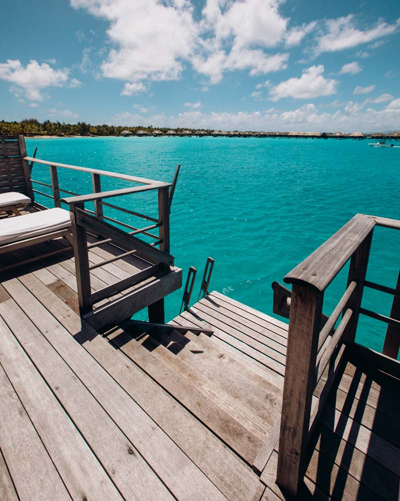lagoon-view-deck-four-seasons-bora