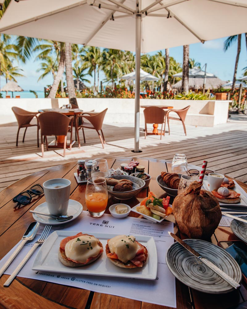 ala-carte-breakfast-four-seasons-bora-bora