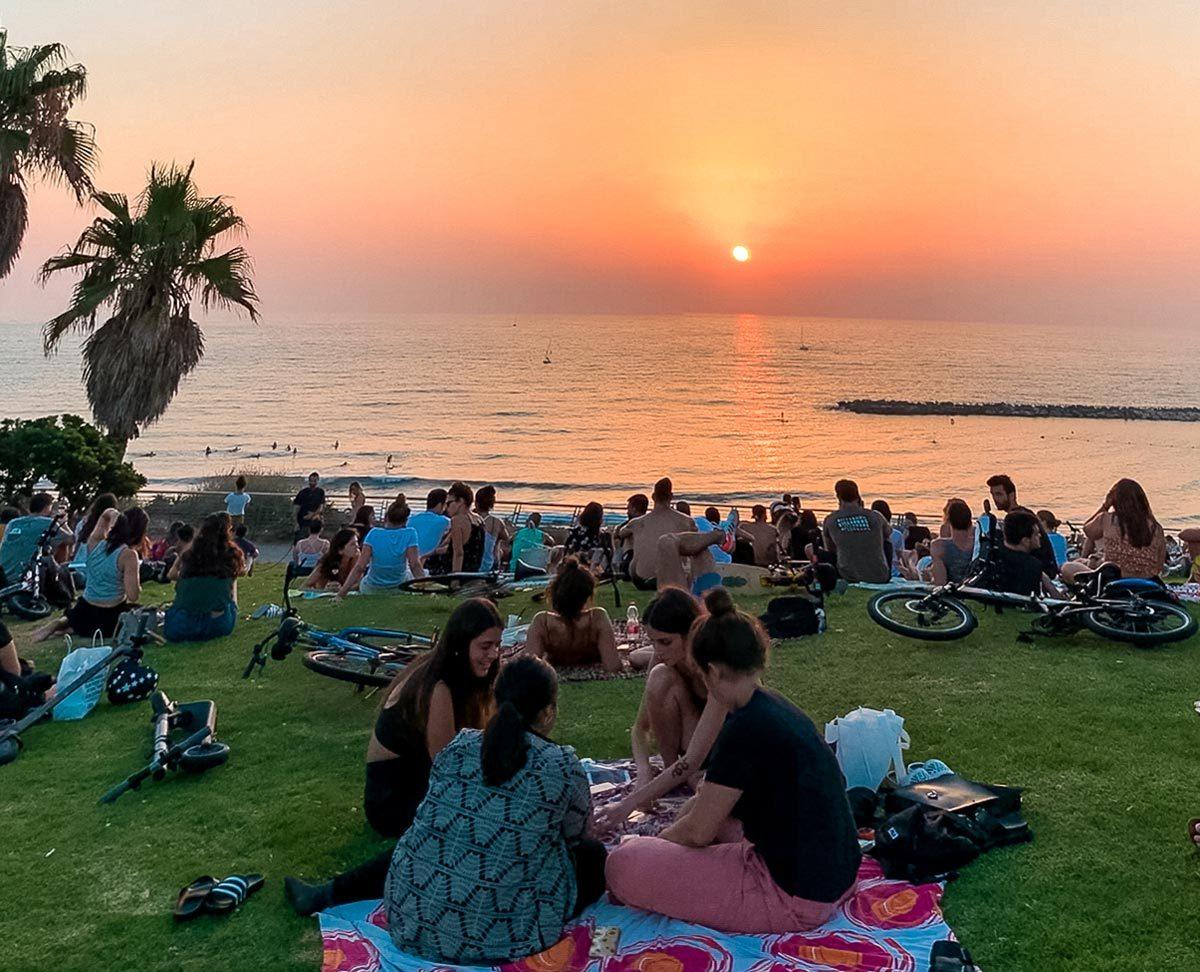 hilton-beach-sunset-tel-aviv